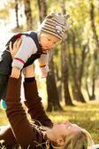 Baby buitenshuis — Stockfoto