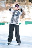 Lodowisko. kobieta na łyżwach na lodzie — Zdjęcie stockowe