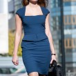 Young businesswoman go to meeting — Stock Photo