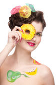 Close up portrait of beauty woman with fruit bodyart and pineapp — Stock Photo