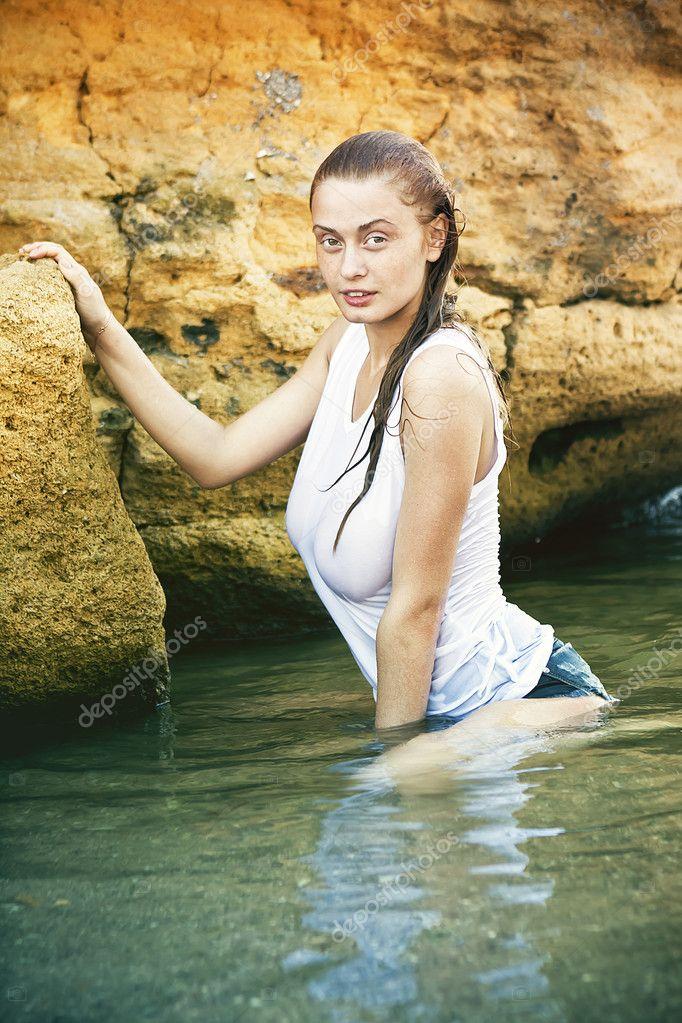 одетые в воде фото