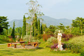 Garden and mountain — Stock Photo