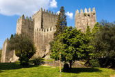 Guimaraes Castle, and surrounding park, in the north of Portugal — Stock Photo