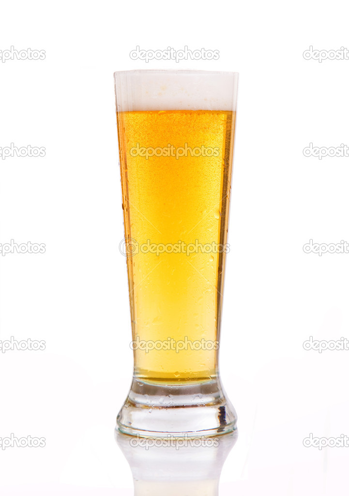 Glass of beer against white background — Stock Photo #9378988