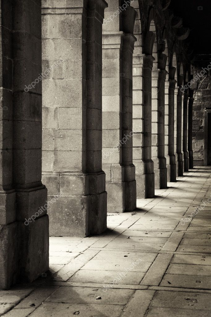 Cloisters of an ancient monastery — Stock Photo #9379141