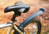 Mountain bike. Seat. Active leisure on the nature — Stock Photo