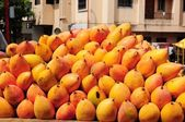 Fresh yellow mango — Foto Stock