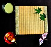 Japanese cake,Green tea, and Tatami mat — Stok fotoğraf