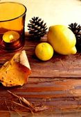 Aroma candle,lemon and pine cone — Stock Photo