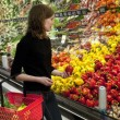 Woman shopping at super market — Stock Photo