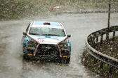 Sehr schlechte wetterbedingungen in brasov-rallye — Stockfoto
