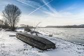 Vistula river in Kazimierz Dolny during winter time — Stock Photo
