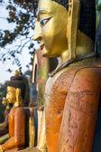 Primer plano de los budas en el templo de swayambhunath — Foto de Stock