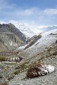 Spring in Himalaya mountains — Stock Photo