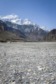 Empty river in Himalaya mountains — Stock Photo