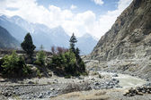Riverbed in Himalaya mountains — Stock Photo