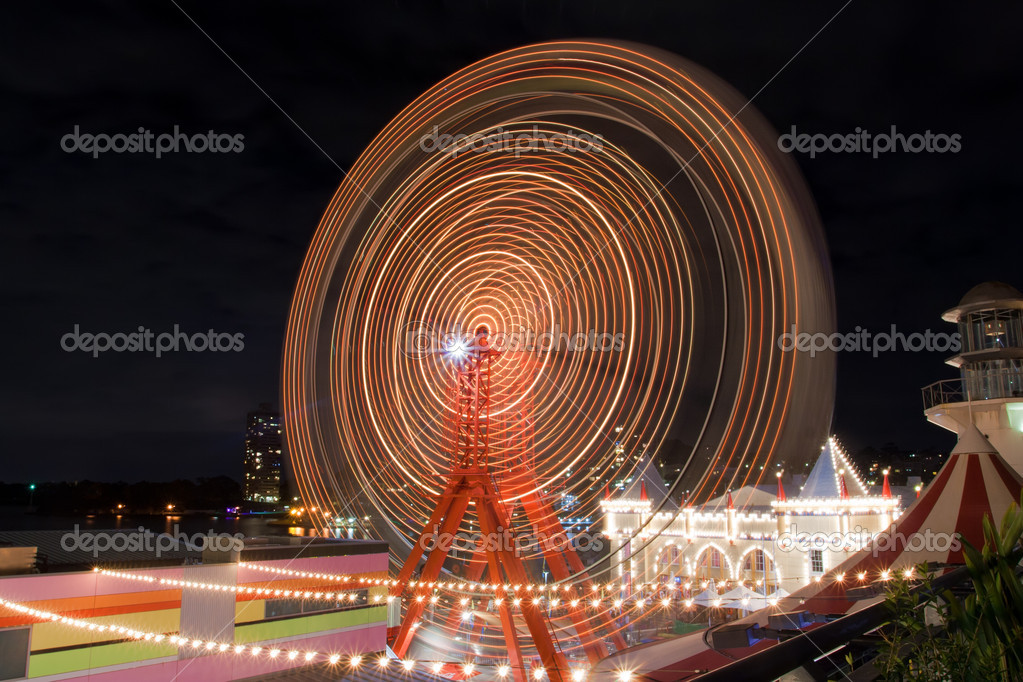 Ferris wheel in Luna Park Sydney, Australia — Stock Photo #8339825