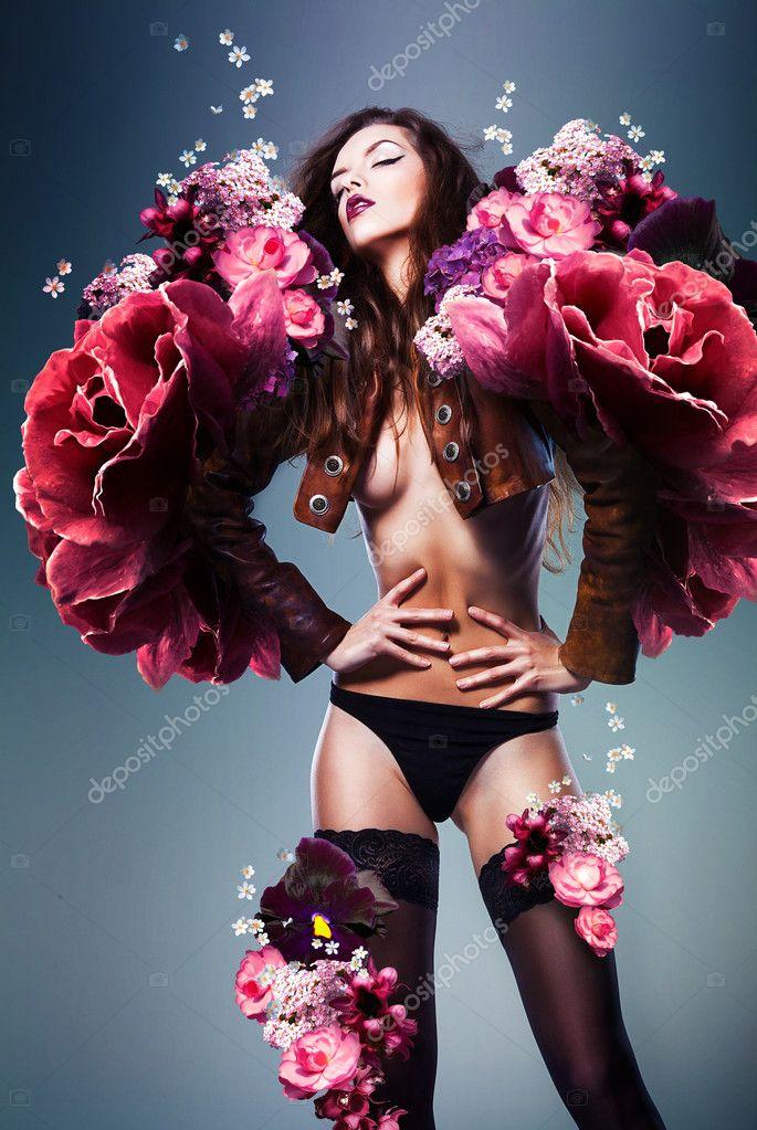 kartinki-eroticheskih-tsvetov