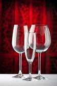 Bicchieri di champagne bianchi rossi — Foto Stock