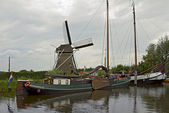 The typical view of Dutch canal — Stock Photo