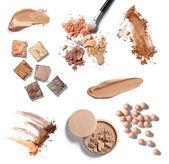 Göra upp pulver ansiktsbehandling kosmetika — Stockfoto