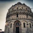 Pisa-tower-public square of the miracles — Stock Photo