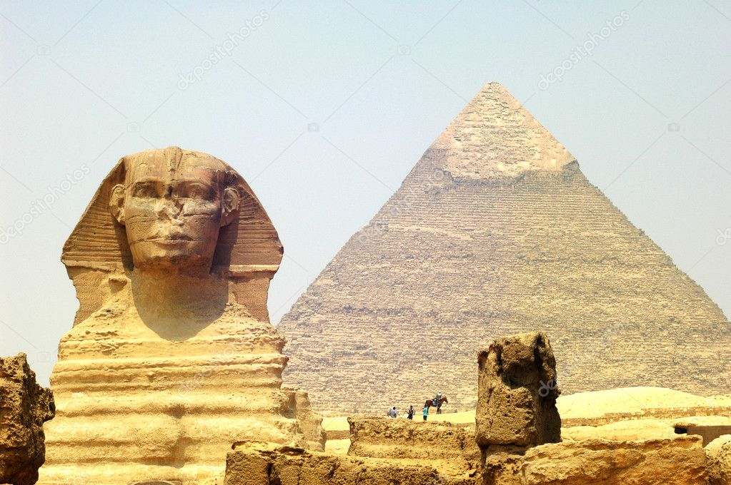 Sphinx in front of Pyramid Giza at Cairo Egypt — Stock Photo #10145543