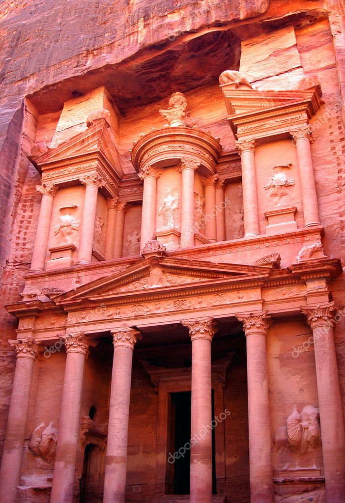 Petra treasury in Jordan  Stock Photo #10710874