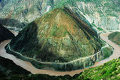Landskap av floden och bergen — Stockfoto