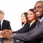 bir toplantı sırasında çok etnik gruptan oluşan takım — Stok fotoğraf