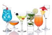 Alcohol Cocktails Blue lagoon, mojito; tropical Martini — Stock Photo