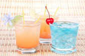 Alcohol margarita cocktails, long island Iced tea — Stock Photo