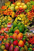 Fruits. World famous Barcelona market, Spain. Selective focus. — Stock Photo