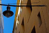 Architecture typique et réverbère de lloret de mar. costa br — Photo