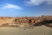 пустынный ландшафт вулкан эль тейде, остров тенерифе, канарские. — Стоковое фото