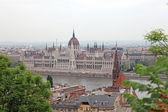 Parlamentet av ungern gotiska byggnad i budapest, europa. — Stockfoto