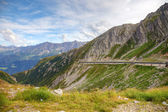 Alpine road in swiss mountains, Europe. — Stock Photo