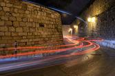 狭窄的街道上的耶路撒冷旧 — 图库照片