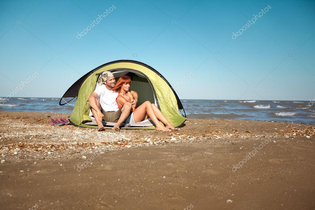 Порно на море палатка 59