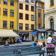 Tourists at Stortorget square in Stockholm — Stock Photo