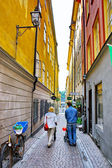 Along the street of The Old Town (Gamla Stan) in Stockholm — Stok fotoğraf