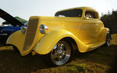 Classic Car, Yellow 1934 Classic — Stock Photo