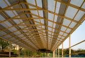 Dřevěný dům. — Stock fotografie
