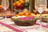 Salat von hering und roten rüben. — Stockfoto