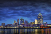 Dark Skyline of Cincinnati Ohio — Stock Photo