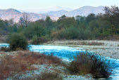 Montagna di fiume e autunno — Foto Stock