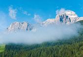 Zomer mening van de berg van de dolomieten — Stockfoto