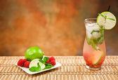 Raspberry Mojito — Stock Photo
