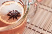 Anise star in hot tea — Stock Photo