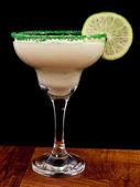 Auf eine bar cocktail — Stockfoto